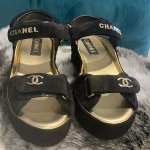 Chanel Sandals!! Sold Out in Asia Pacific!!!